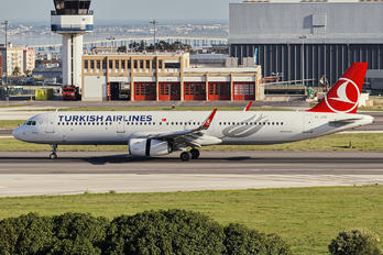 TC-JTK - Turkish Airlines Airbus A321