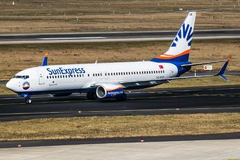 TC-SOF - SunExpress Boeing 737-800