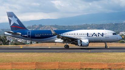 CC-BFK - LAN Airlines Airbus A320