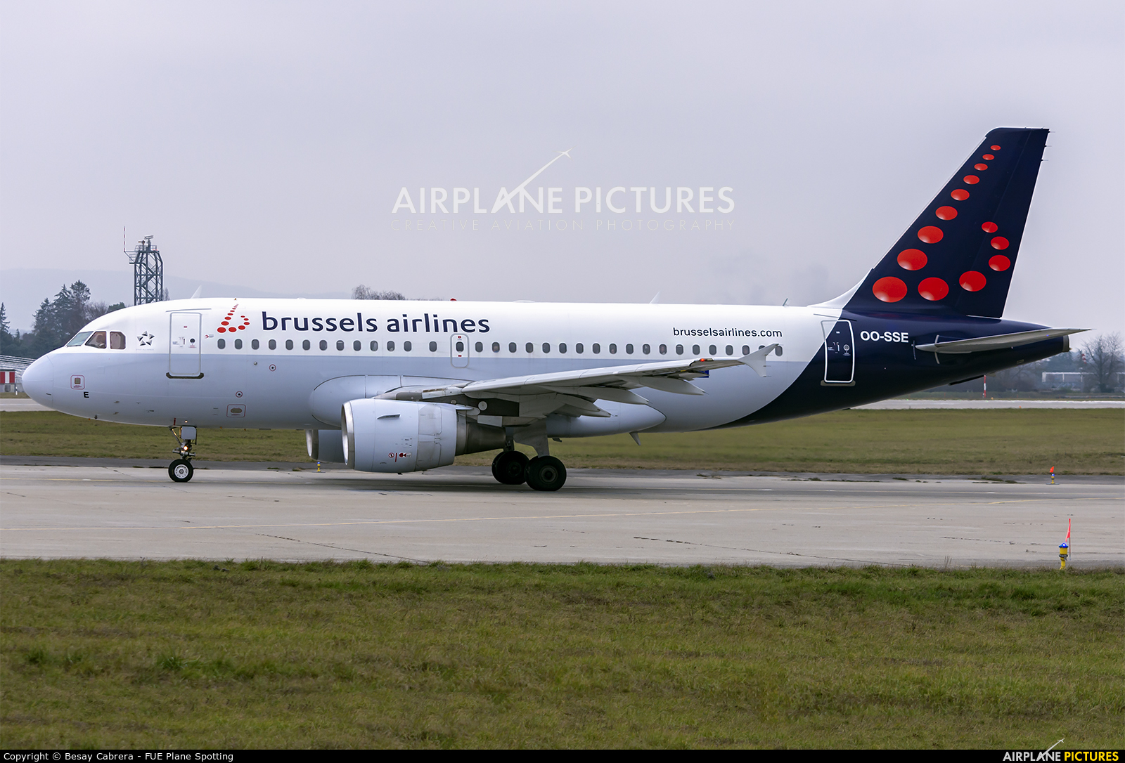 Brussels Airlines OO-SSE aircraft at Geneva Intl