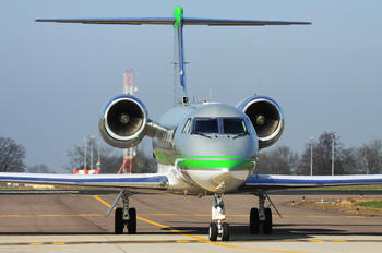 VQ-BMT - Private Gulfstream Aerospace G-IV,  G-IV-SP, G-IV-X, G300, G350, G400, G450