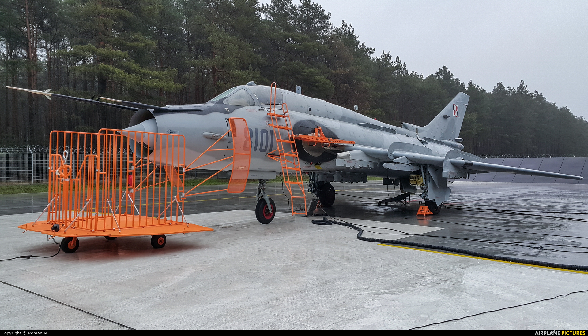 Poland - Air Force 8101 aircraft at Bydgoszcz - Szwederowo
