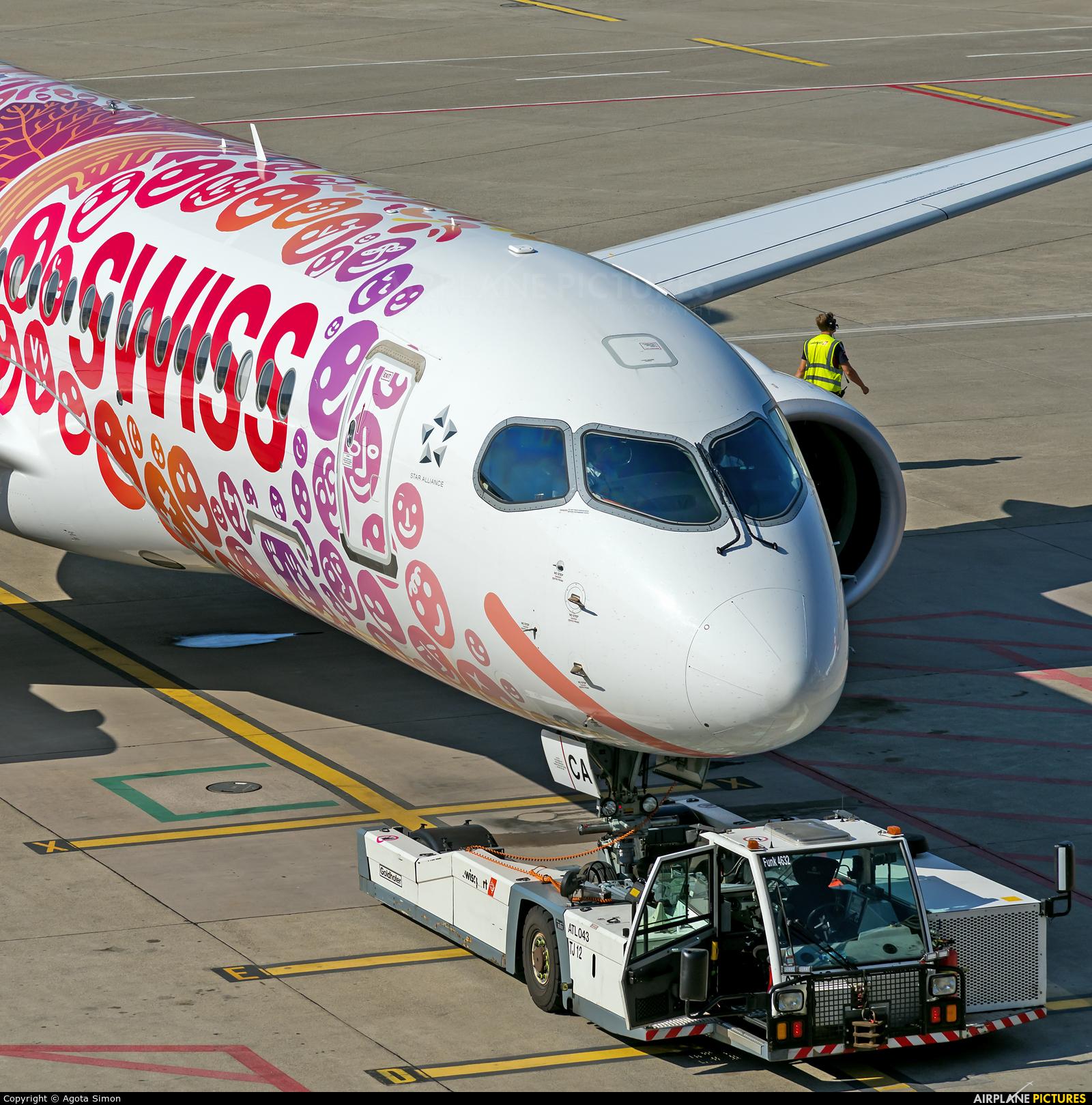 Swiss HB-JCA aircraft at Zurich