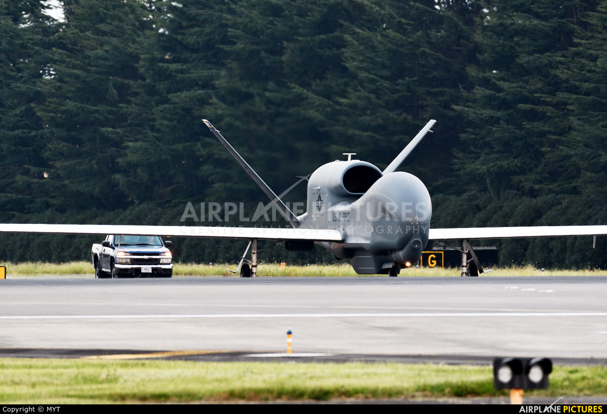 USA - Air Force 11-2046 aircraft at Yokota AB