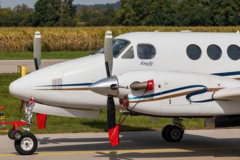 D-IAMI - Private Beechcraft 200 King Air