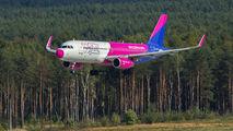 HA-LWR - Wizz Air Airbus A320 aircraft