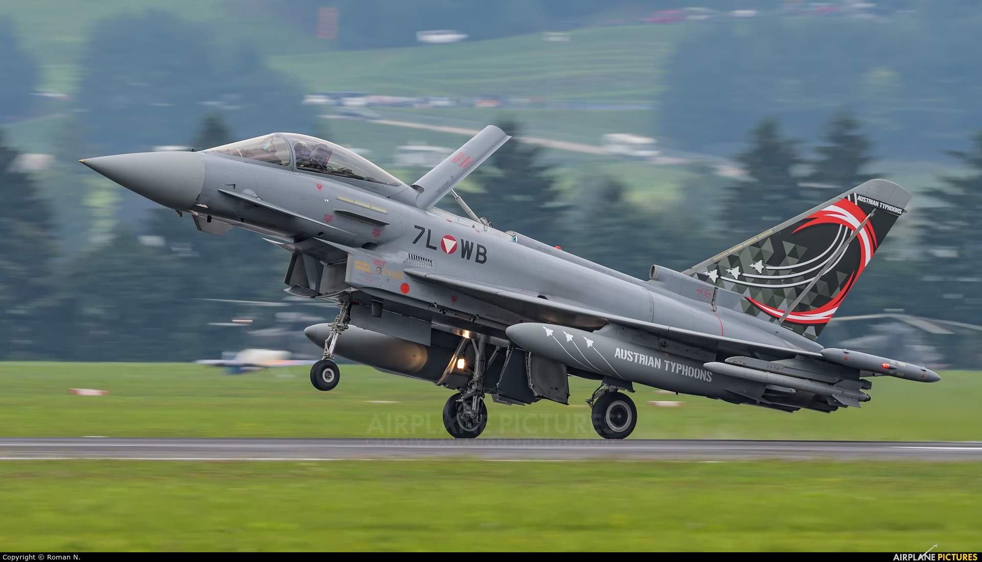 Austria - Air Force 7L-WB aircraft at Zeltweg
