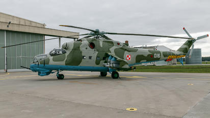 016 - Poland - Air Force Mil Mi-24D