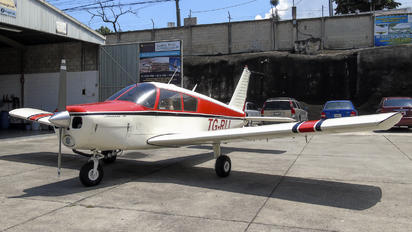TG-RIJ - Private Piper PA-28 Cherokee