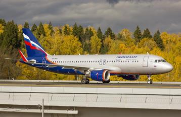 VQ-BPU - Aeroflot Airbus A320