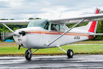 JA3924 - Private Cessna 172 Skyhawk (all models except RG)