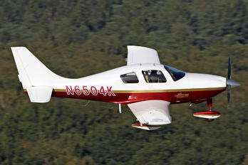 N6504K - Private Lancair Lancair LC-40-550FG Columbia 300