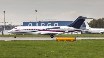 OK-GRX - Private Bombardier BD-700 Global 6000