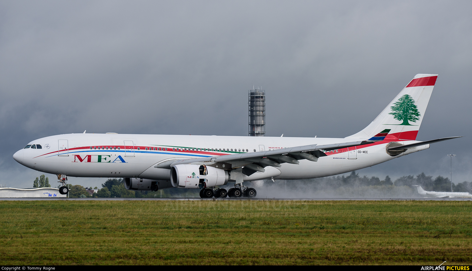 MEA - Middle East Airlines OD-MEE aircraft at Paris - Charles de Gaulle