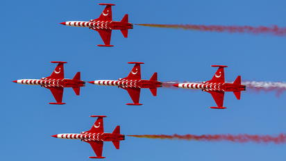 70-3025 - Turkey - Air Force : Turkish Stars Canadair NF-5A