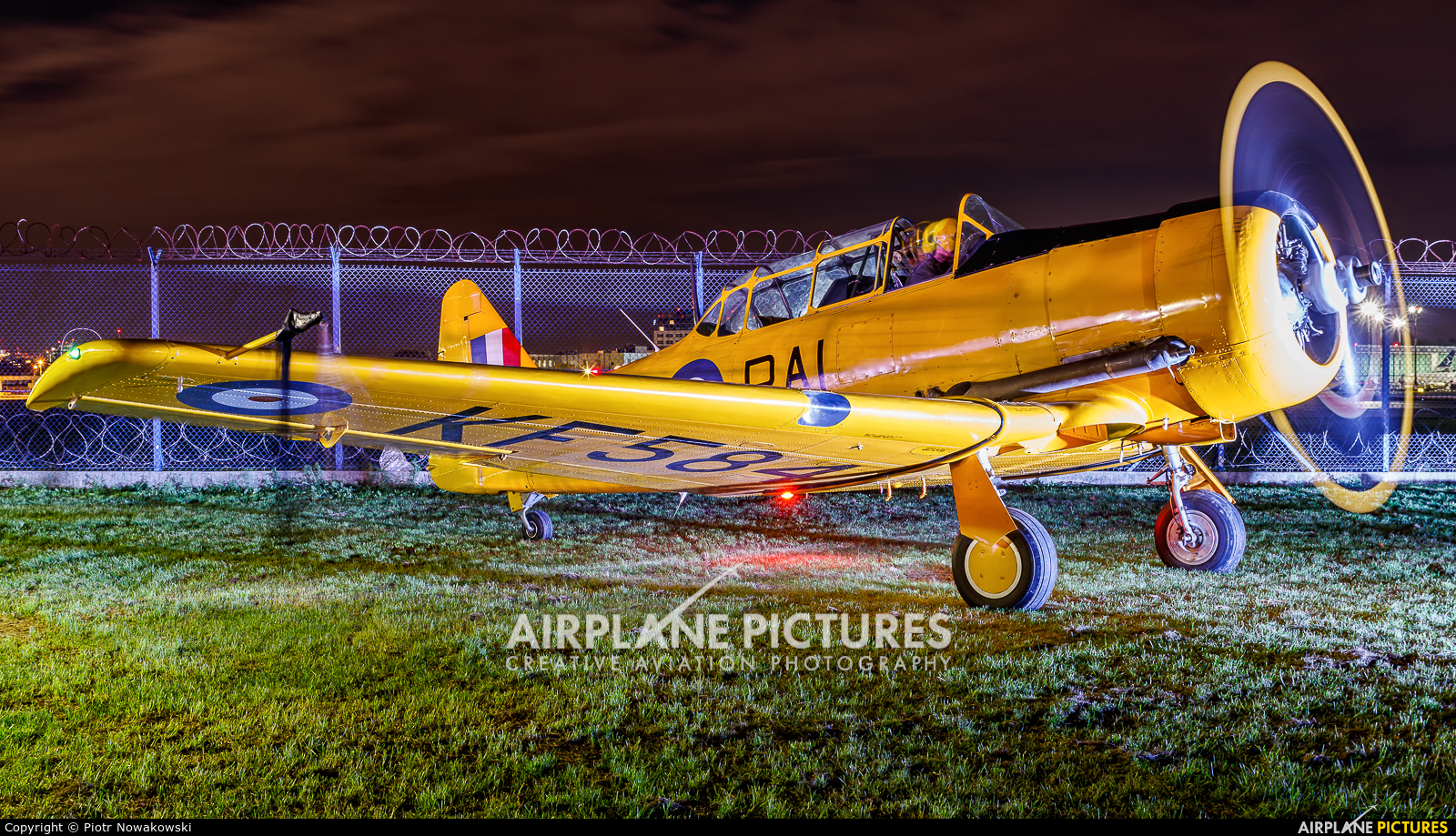 Private SP-YIX aircraft at Warsaw - Frederic Chopin