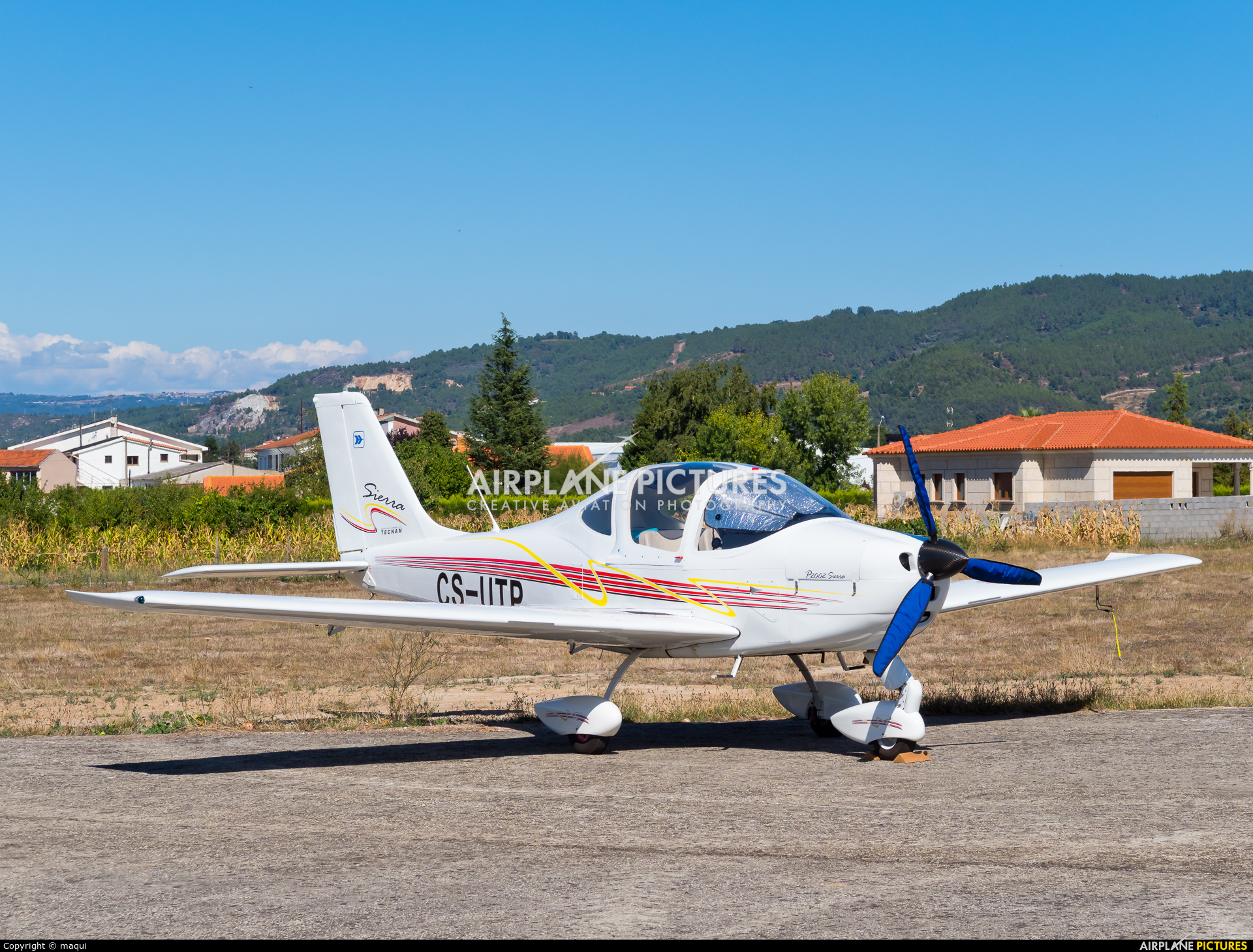 Private CS-UTP aircraft at Chaves