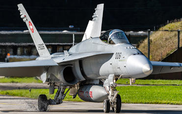 J-5006 - Switzerland - Air Force McDonnell Douglas F/A-18A Hornet