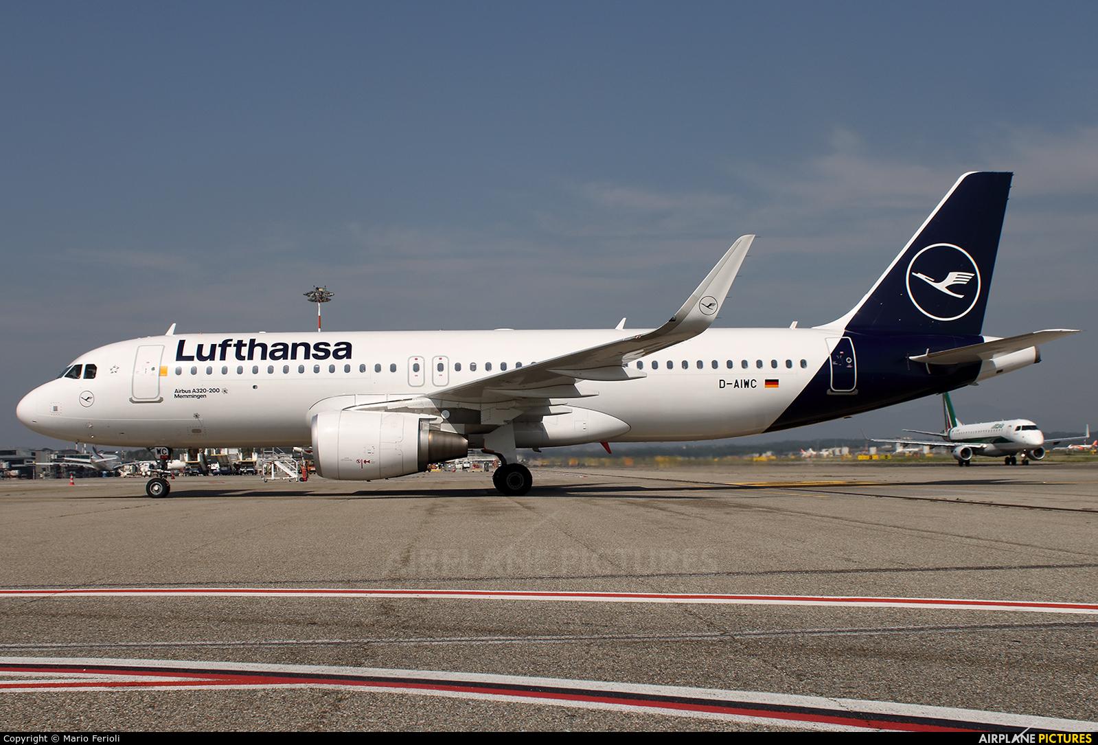 Lufthansa D-AIWC aircraft at Milan - Malpensa