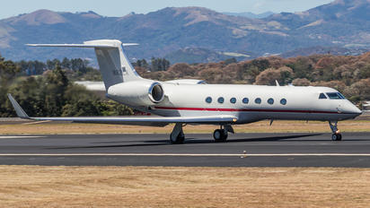 N92LA - Private Gulfstream Aerospace G-V, G-V-SP, G500, G550
