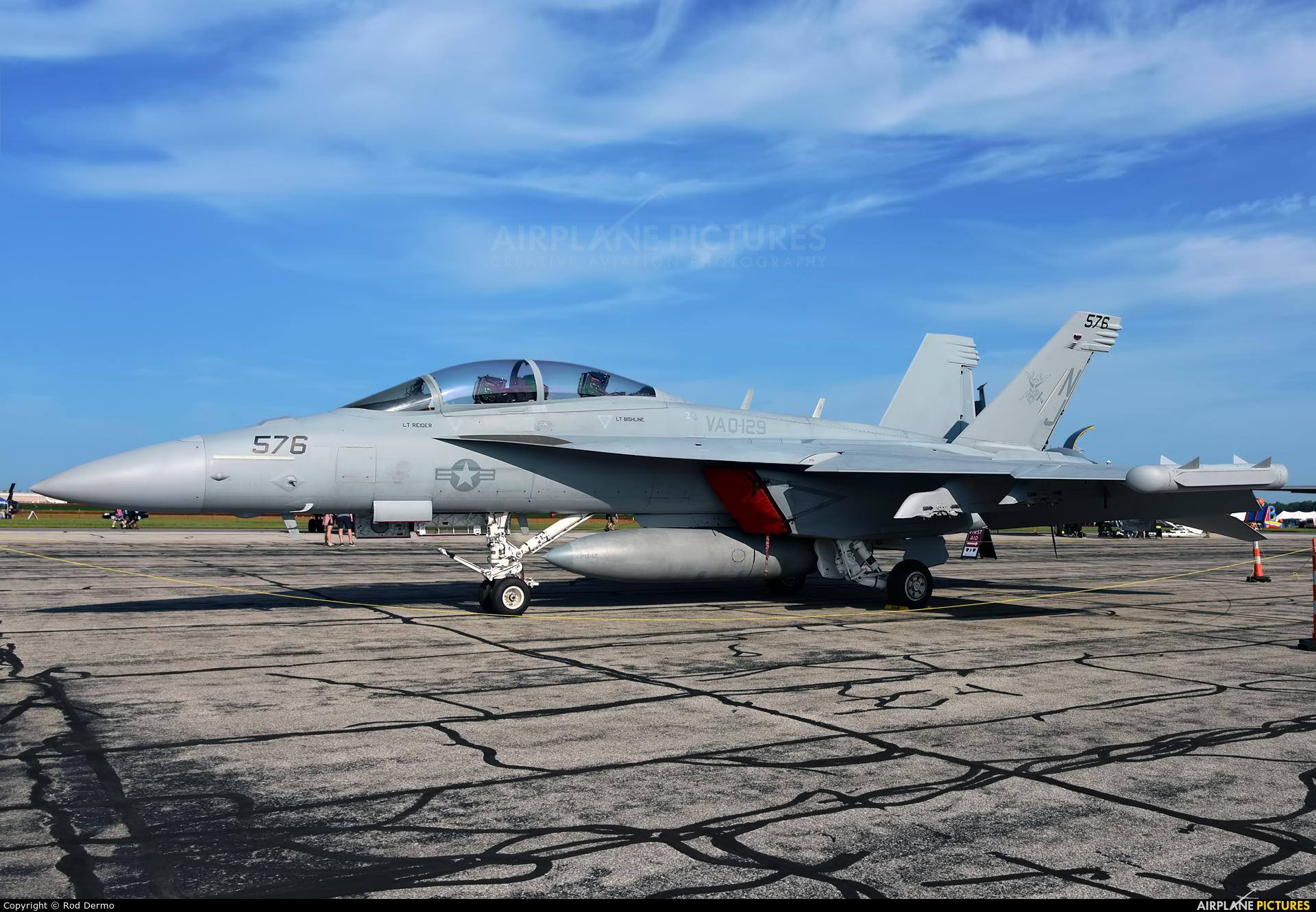 USA - Navy 169140 aircraft at Detroit - Willow Run