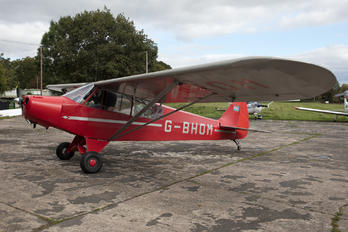 G-BHOM - Private Piper L-18 Super Cub