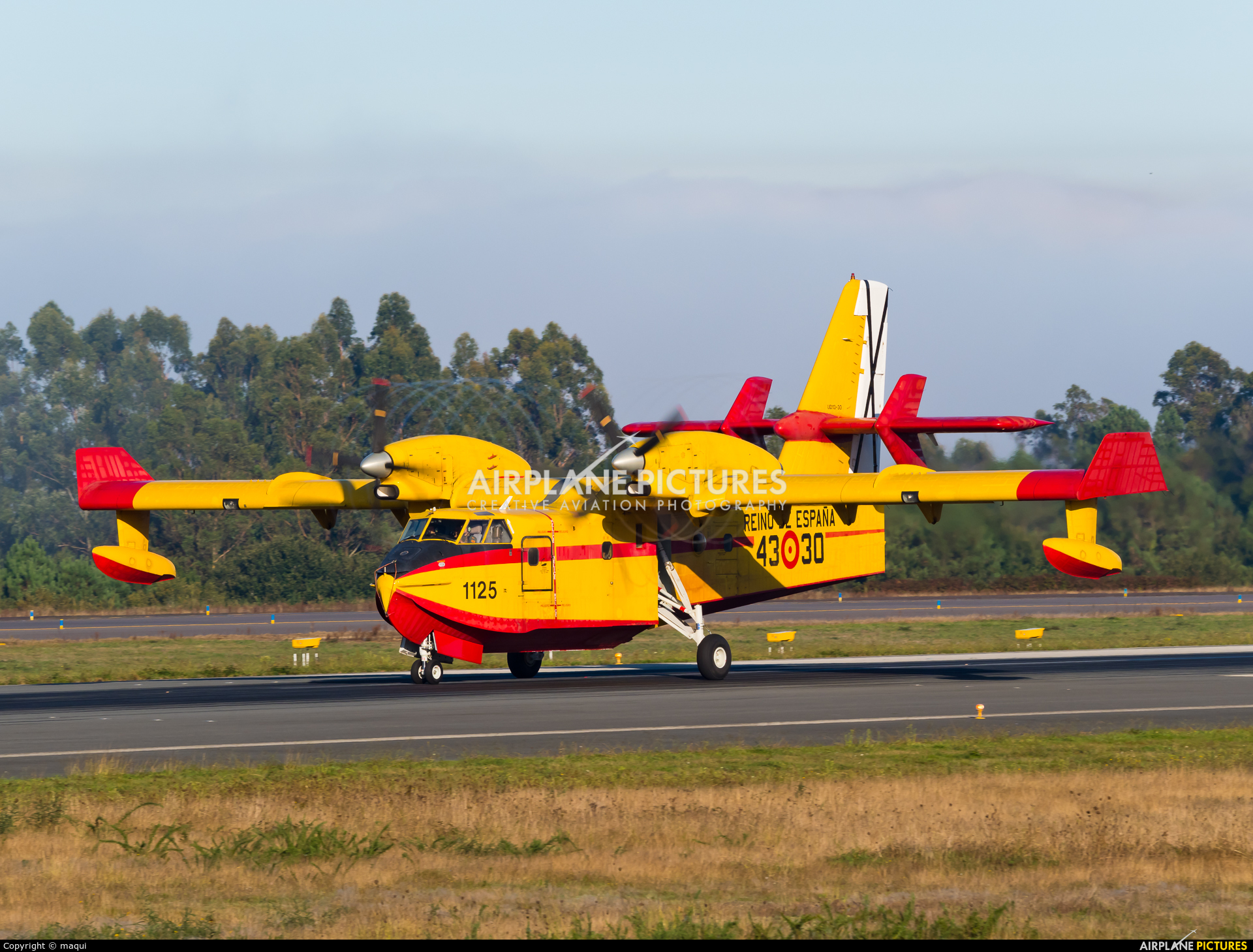 Spain - Air Force UD.13-30 aircraft at Santiago de Compostela