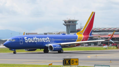 N8536Z - Southwest Airlines Boeing 737-800
