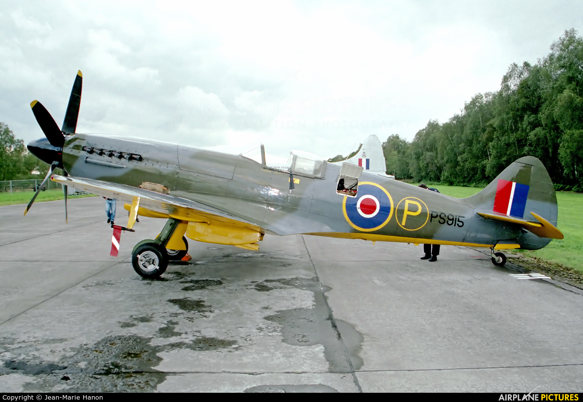 "Royal Air Force ""Battle of Britain Memorial Flight"" PS915 aircraft at Zoersel (Oostmalle)"