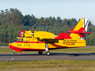 UD.13-30 - Spain - Air Force Canadair CL-215T