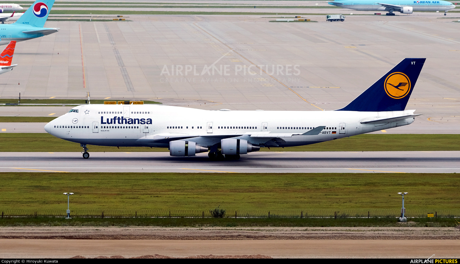 Lufthansa D-ABVT aircraft at Seoul - Incheon