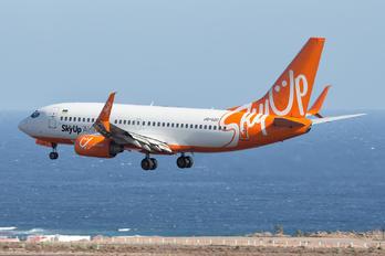 UR-SQD - SkyUp Airlines Boeing 737-700