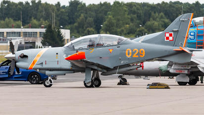 "029 - Poland - Air Force ""Orlik Acrobatic Group"" PZL 130 Orlik TC-1 / 2"