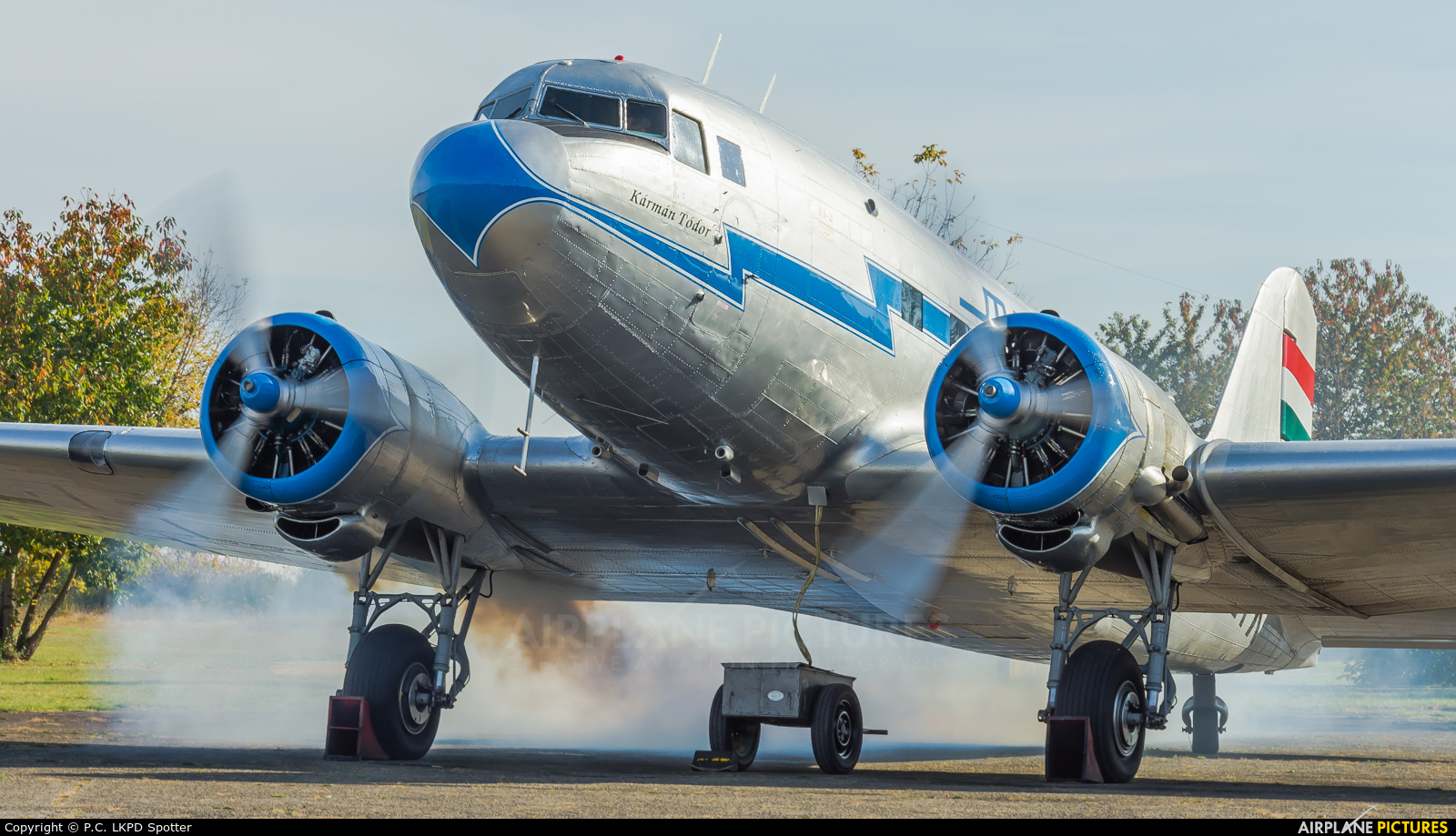 Malev Sunflower Aviation (Gold Ttimer Foundation) HA-LIX aircraft at Budaors