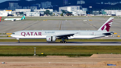 A7-BAN - Qatar Airways Boeing 777-300ER