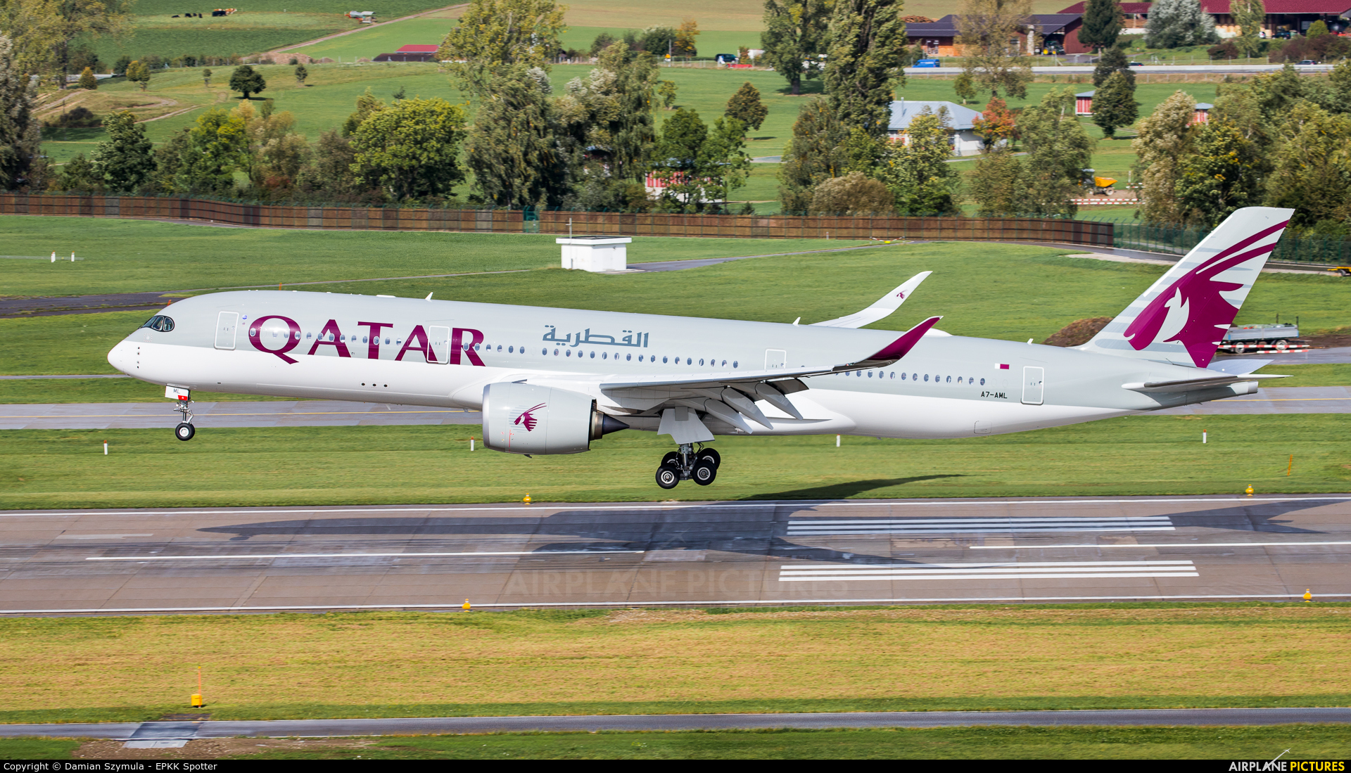 Qatar Airways A7-AML aircraft at Zurich