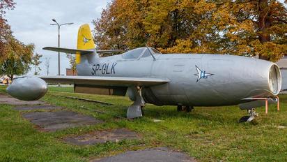 SP-GLK - Instytut Lotnictwa Yakovlev Yak-23