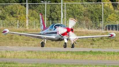 HB-EK - Private SIAI-Marchetti SF-260