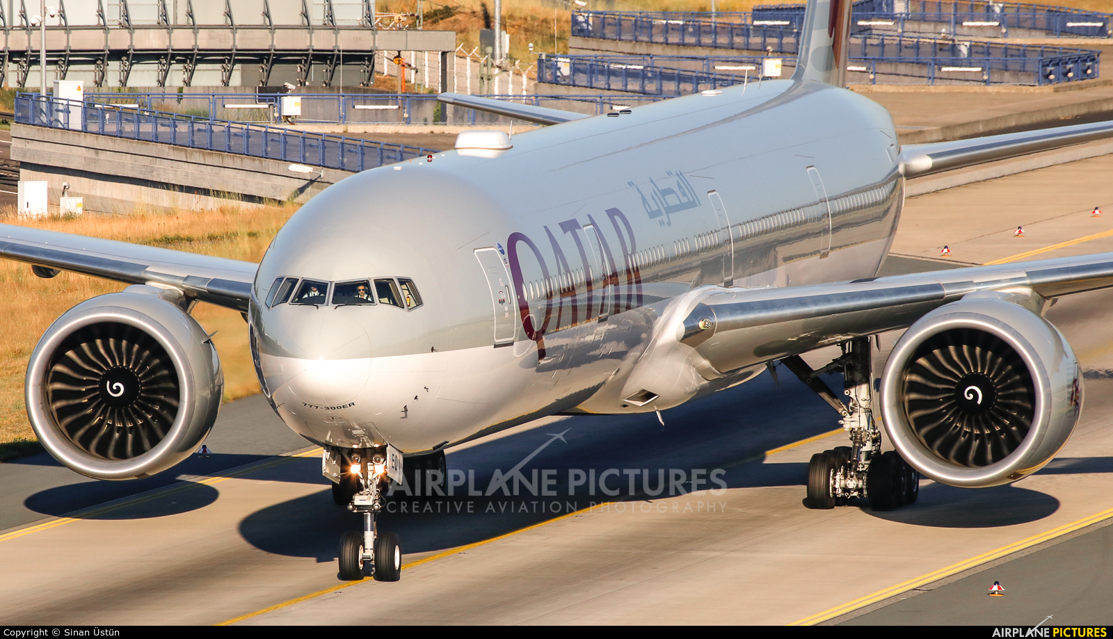 Qatar Airways A7-BEQ aircraft at Frankfurt
