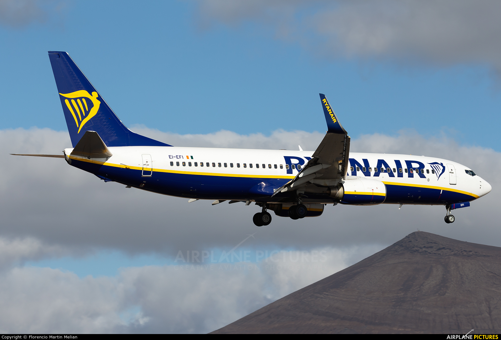 Ryanair EI-EFI aircraft at Lanzarote - Arrecife