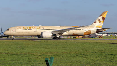 A6-BNB - Etihad Airways Boeing 787-9 Dreamliner