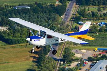 HA-SJK - Private Cessna 152