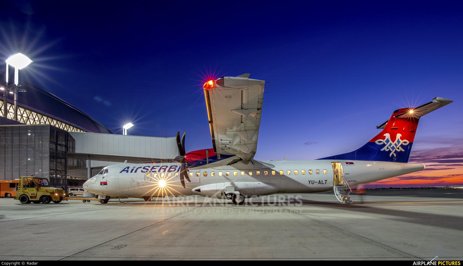 Air Serbia YU-ALT aircraft at Zagreb