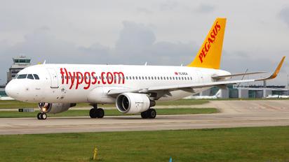 TC-DCA - Pegasus Airbus A320