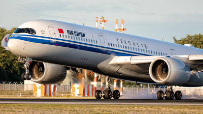 B-1085 - Air China Airbus A350-900