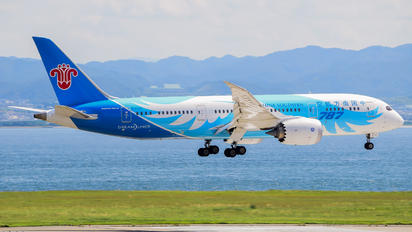 B-2726 - China Southern Airlines Boeing 787-8 Dreamliner