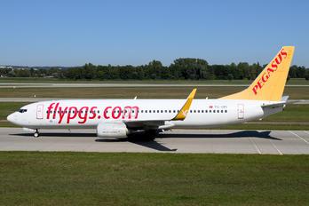 TC-CPI - Pegasus Boeing 737-800