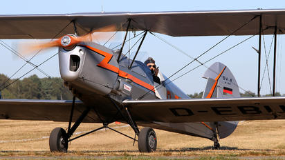 D-EBUT - Private Stampe SV4