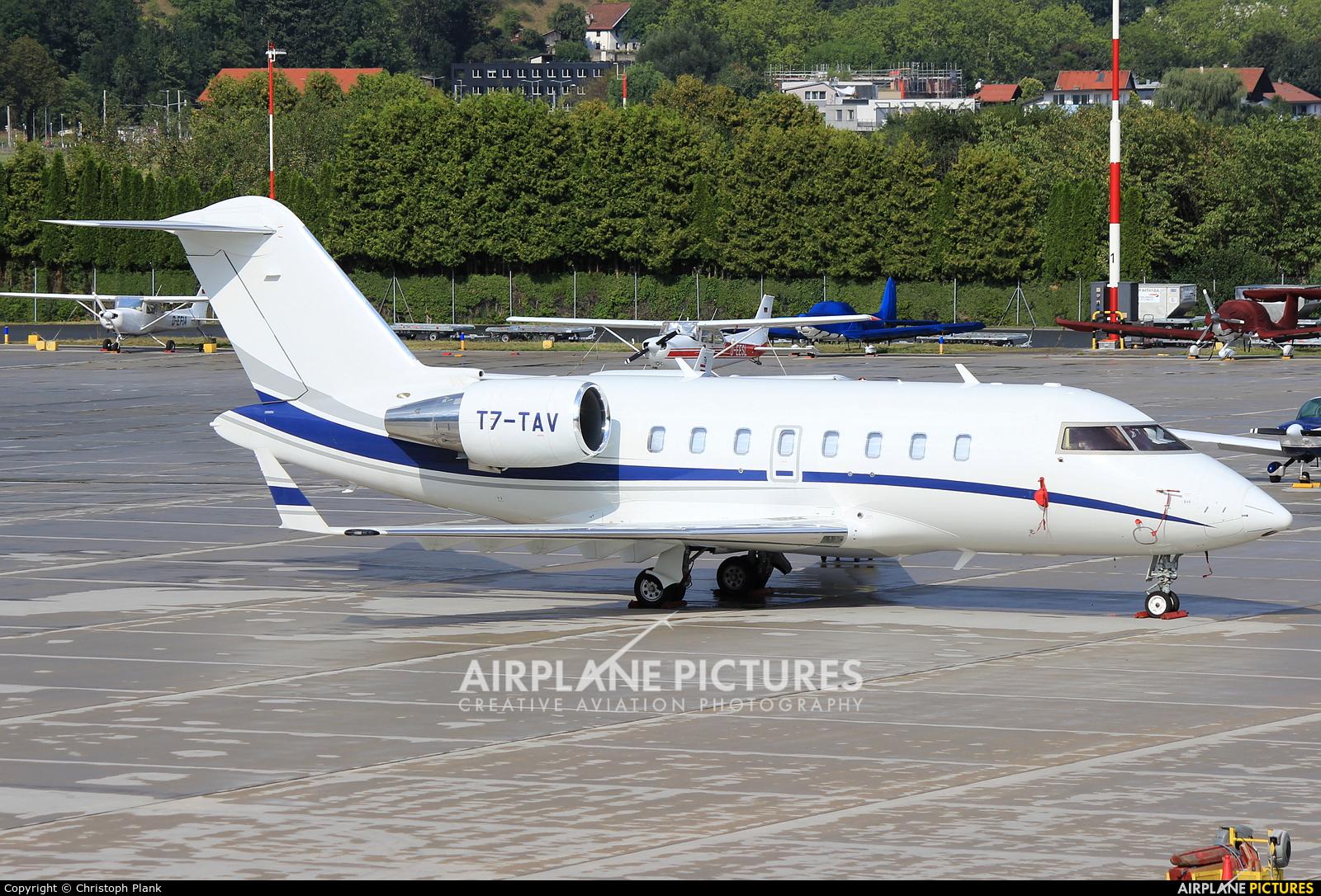 Private T7-TAV aircraft at Innsbruck