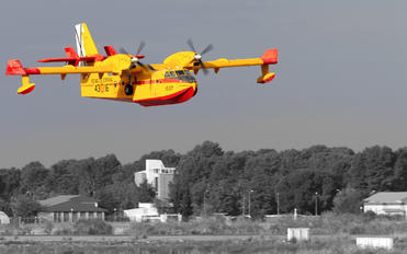 UD.13-16 - Spain - Air Force Canadair CL-215T